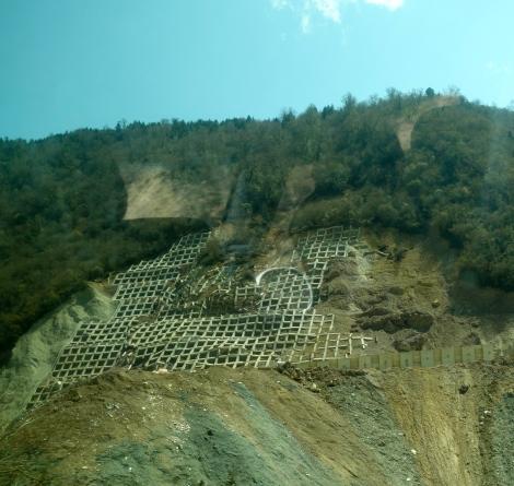 Landslide outside of Deqin _ expatlingo.com