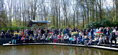 Keukenhof entrance 2 _ expatlingo.com