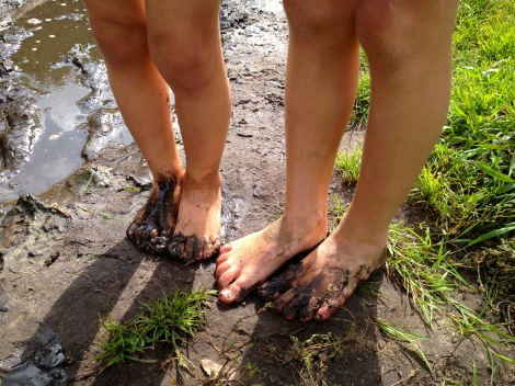 Muddy feet in Utrecht _ expatlingo.com